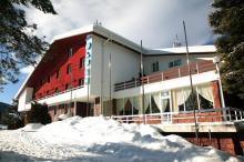 хотел-луч-паничище---туризъм-спортен-комплекс---кюстендил-ски-писта---стаи-под-наем